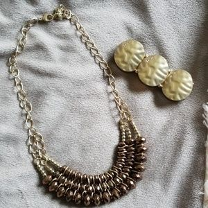 Jewelry - Gold tone necklace and bracelet